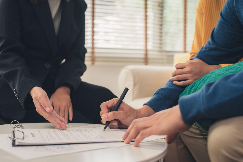 ¿Qué debes tener en cuenta antes de firmar un contrato de alquiler?