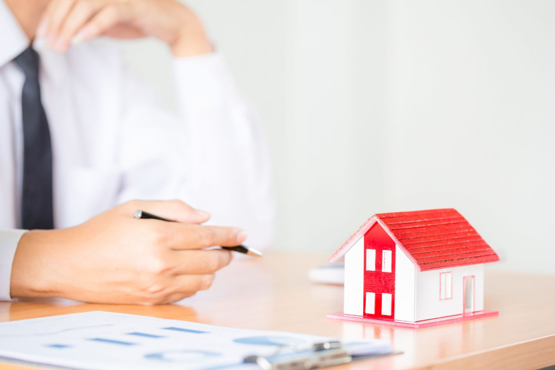 Anulado el aval de unos padres a su hija en una hipoteca